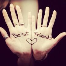 best-friends-bestfriends-bff-hands-isidora-leyton-1